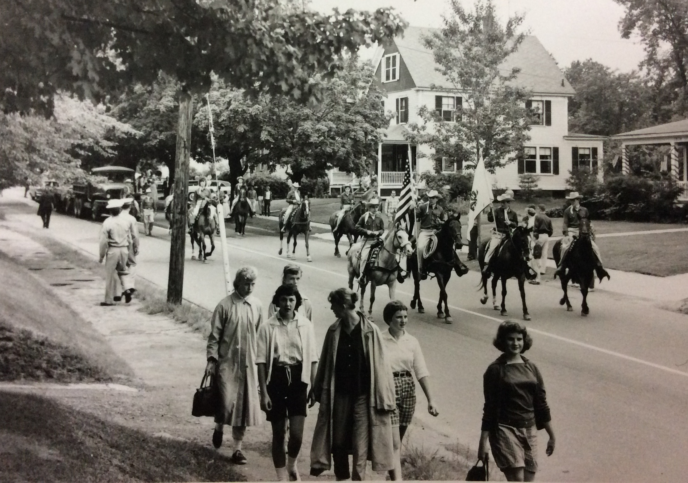 Sesquicentennial Parade from Central Street
